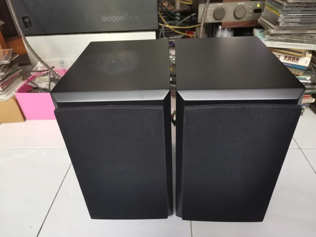 Dynaudio Emit M10 bookshelf loudspeaker Img_2138