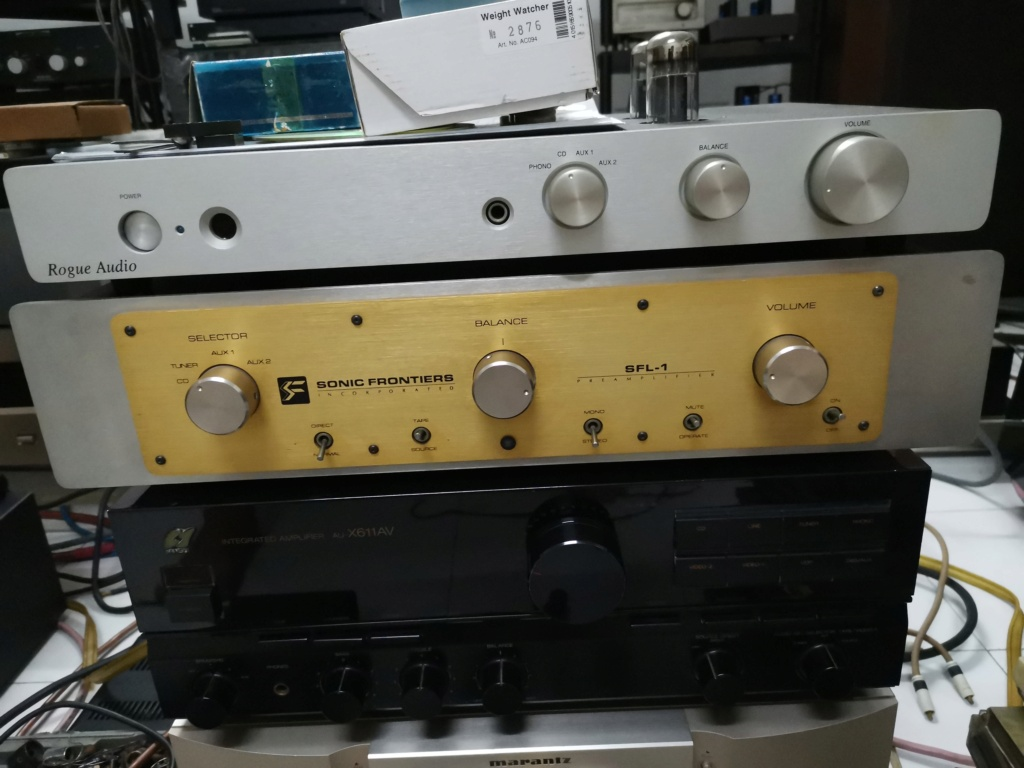 Sonic Frontiers SFL-1 preamp & SFS-40 Stereo Amplifier Img_2204