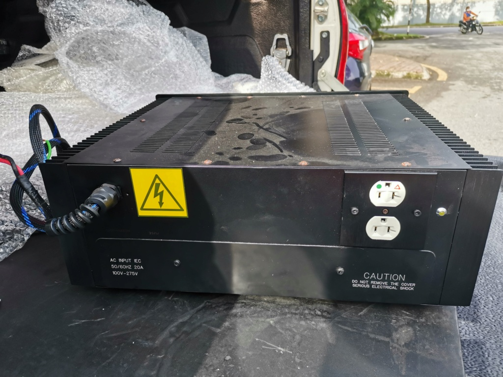 Frank Ultra Bank UB-15000Ws Power Bank SOLD Img_2227