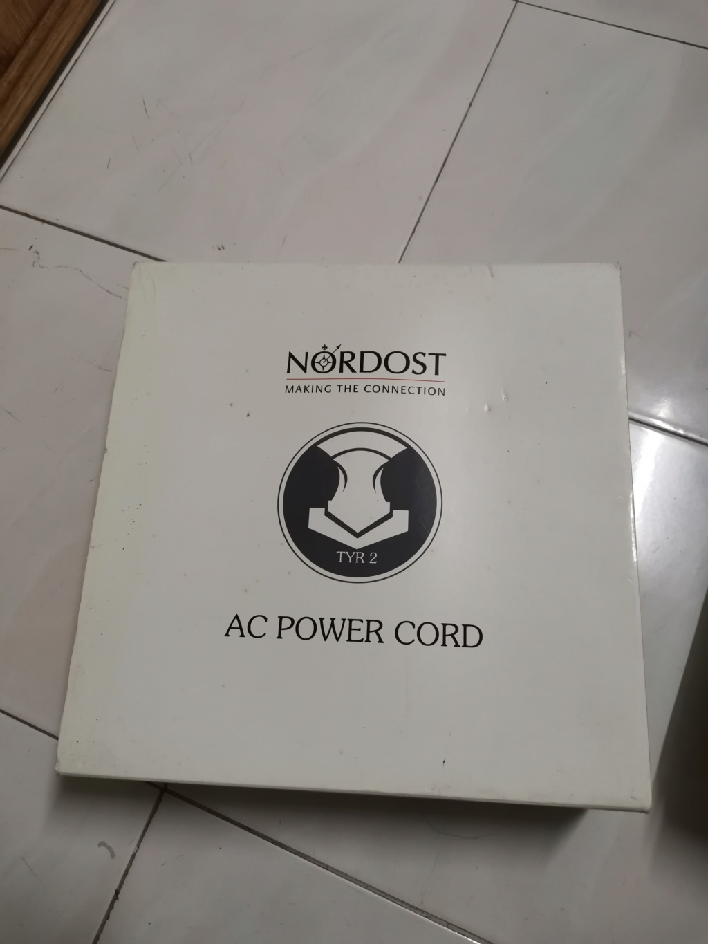 nordost tyr 2 power cord Img_2267