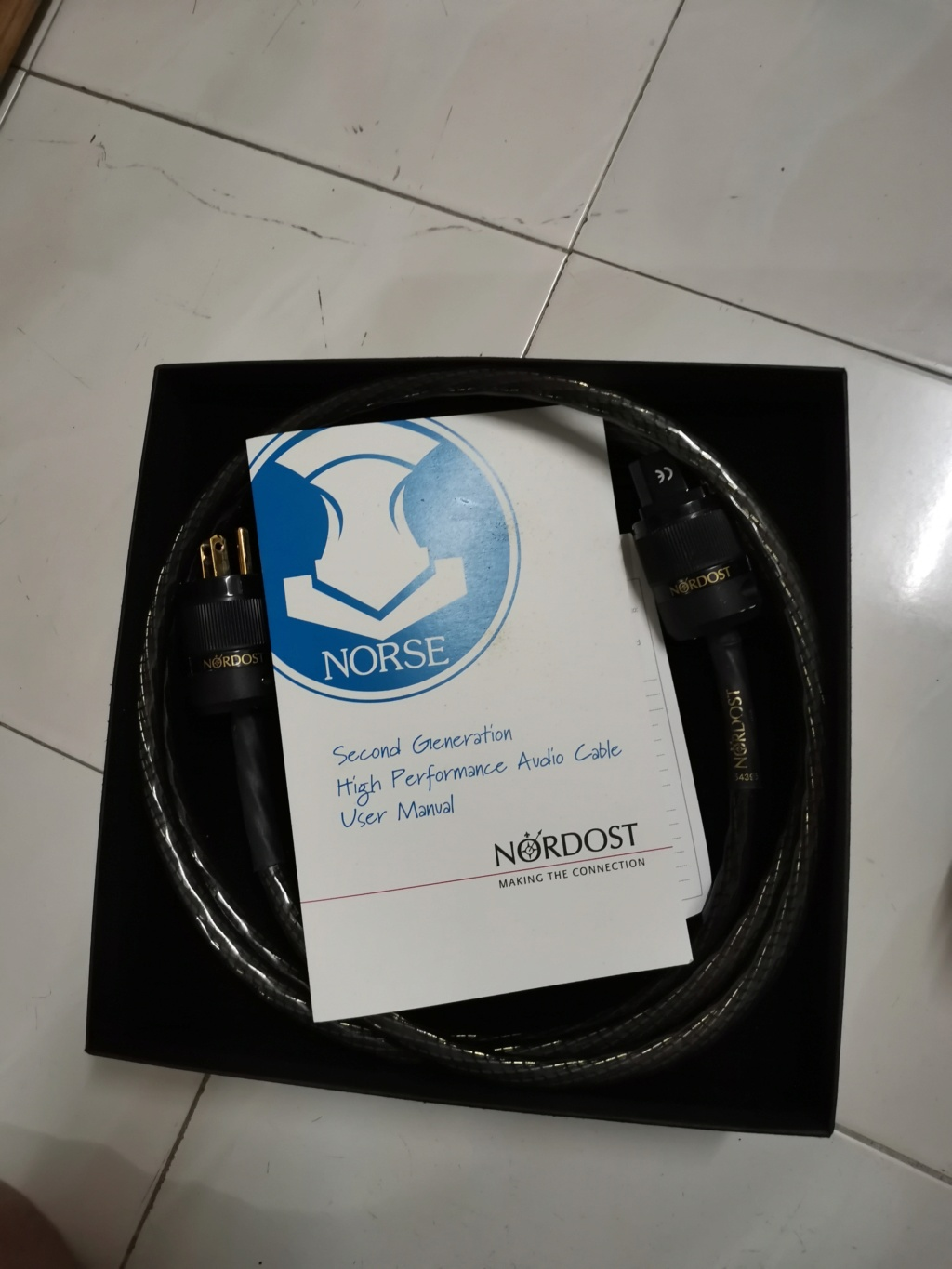 nordost tyr 2 power cord Img_2269
