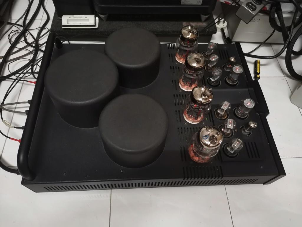 Balanced Audio Technology  VK-75SE Amplifier  Img_2310