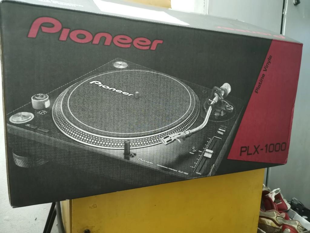 PIONEER PLX -1000 turntable Img_2341