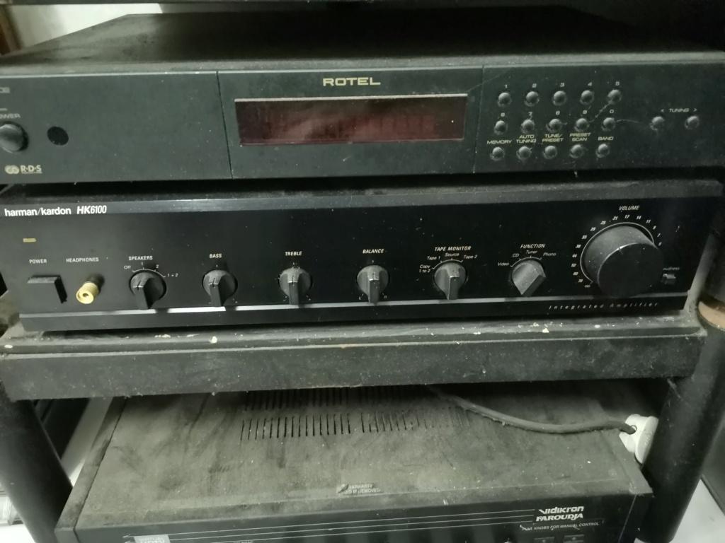 Harman Kardon HK6100 Integrated Stereo Amplifier Img_2345