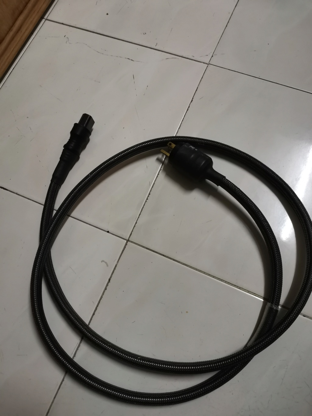 TARA labs TL-AC Power Cable SOLD Img_2406