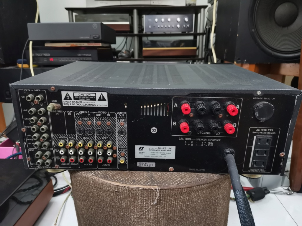 Sansui AU-X611AV amplifier Img_2423