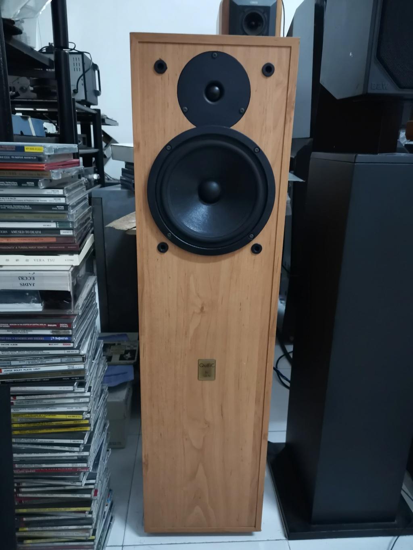 QLN qubic 122  Floor standing 2-way reflex design speaker SOLD Img_2554