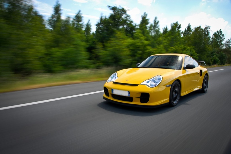[Shooting] Porsche 996 Turbo kit GT2 - Page 2 Bddsc_10