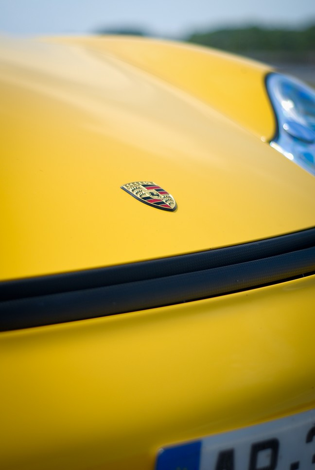 [Shooting] Porsche 996 Turbo kit GT2 - Page 2 Ouidsc11