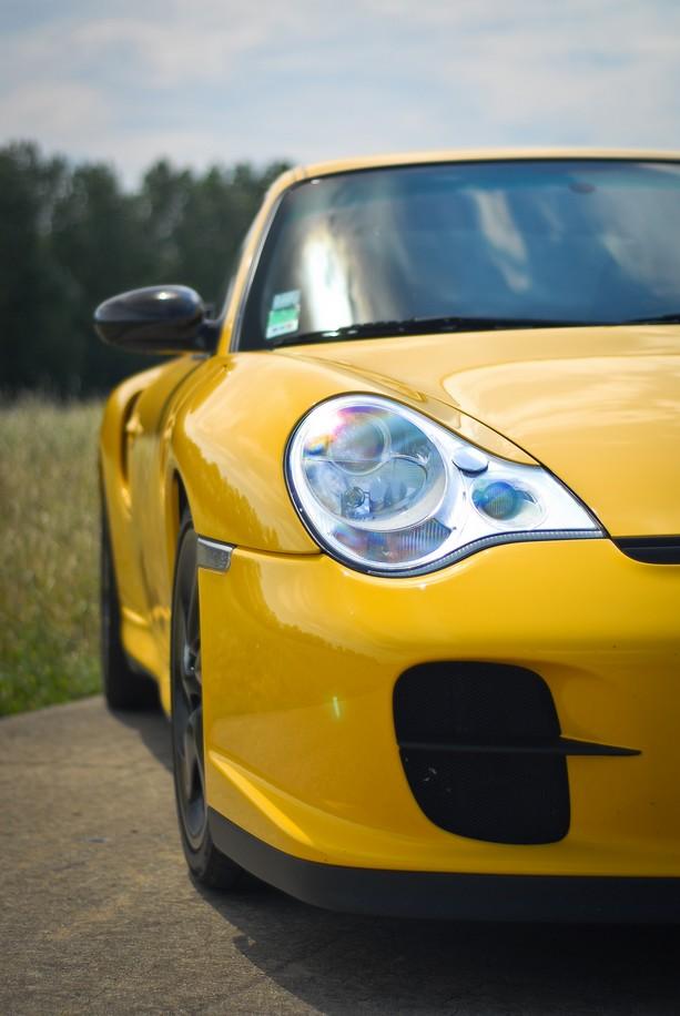 [Shooting] Porsche 996 Turbo kit GT2 - Page 2 Ouidsc12