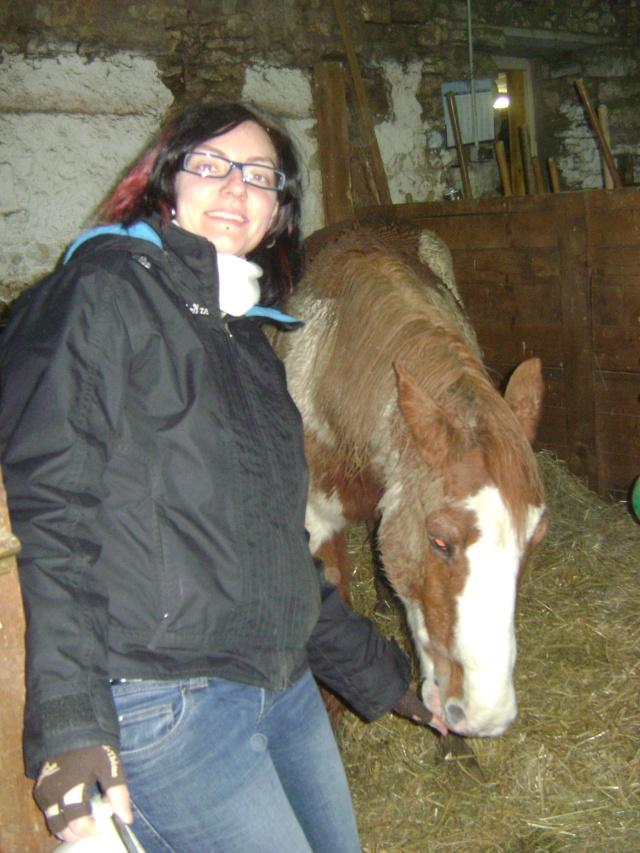 WALANIE (VANILLE) - ONC poney - adoptée en avril 2011 par voulk  - Page 5 05510