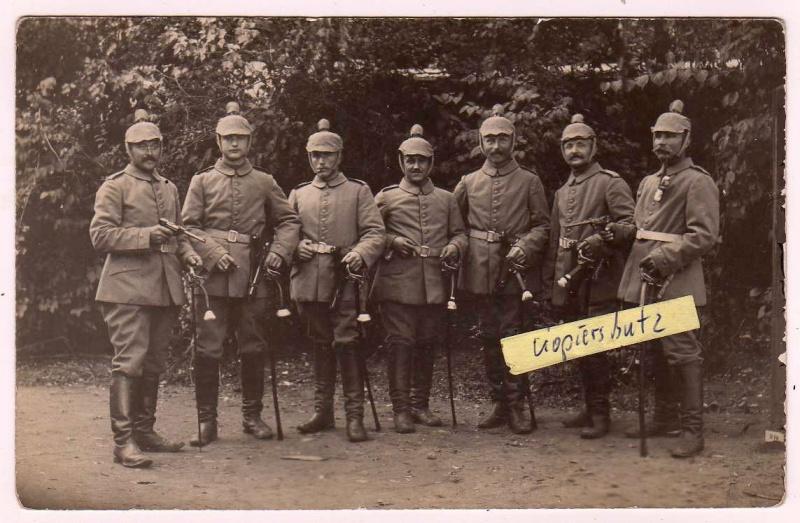 Les étuis des Luger P 08/14 d'artillerie de l'armée impériale allemande. Artill10
