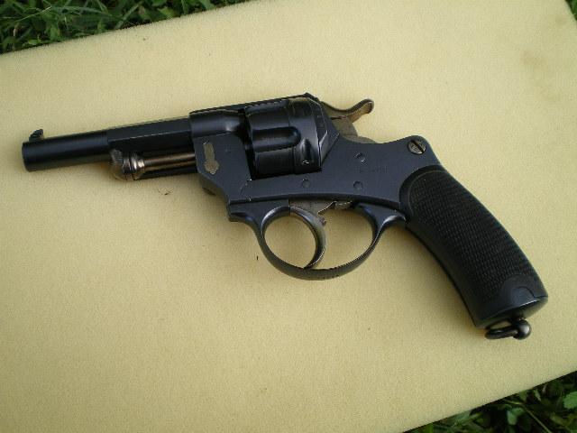 1874 french revolver . Imgp0310