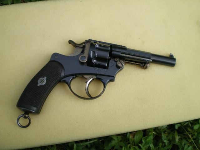 1874 french revolver . Imgp0311