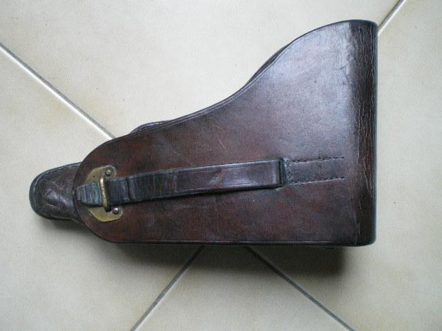 Les étuis et accessoires des Luger bulgares, de 1900 à 1943.  My_bul10