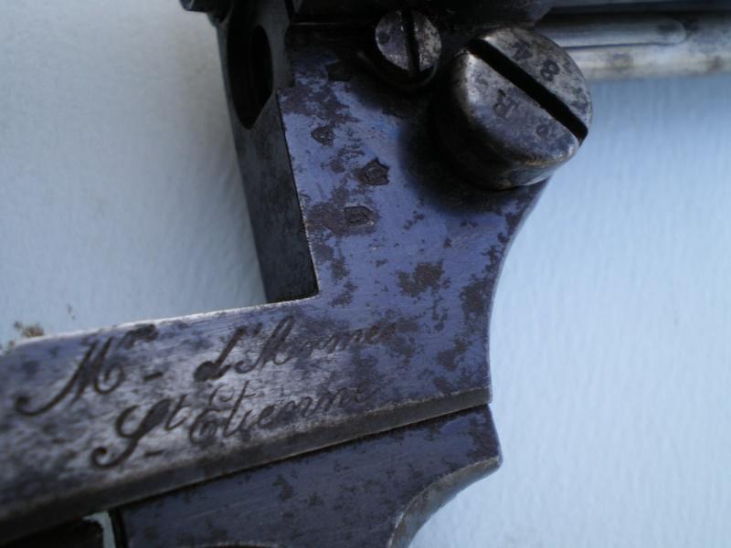 1874 french revolver . W_v10