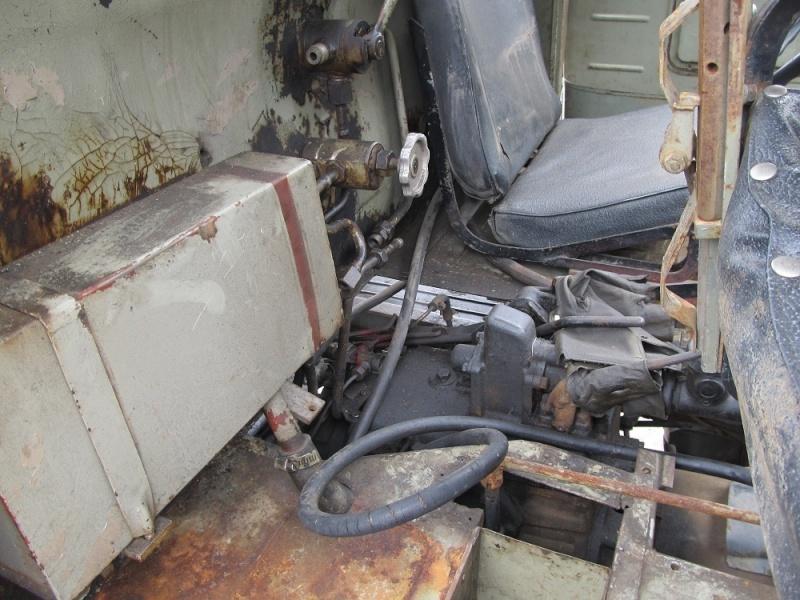 pompe hydraulique latérale sur boite de vitesse F 411_hy11