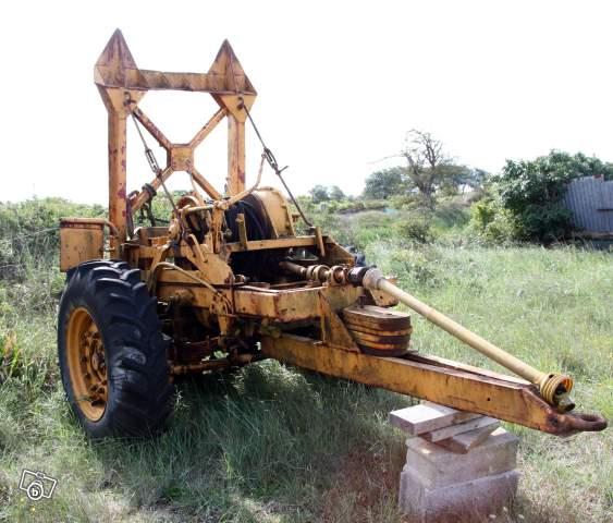 treuil PAN adapté sur remorque Treuil11