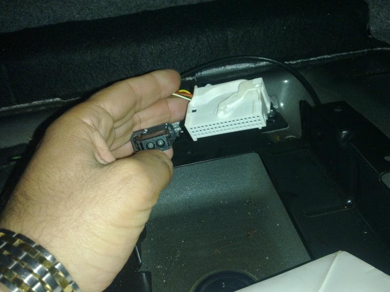 BMW E90 320d an 2006 ] Chargeur 6 CD ne fontionne pas Page 2