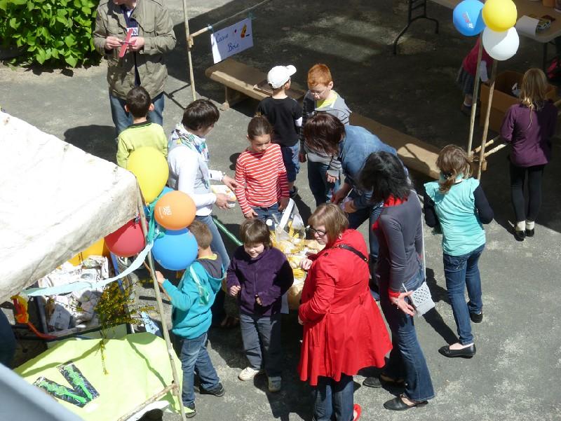 Kermesse 2012 de l'Ecole Sainte Thérèse Panier10