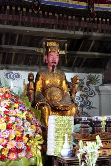 Hoành phi câu đối ở điện Long Hưng . Image029