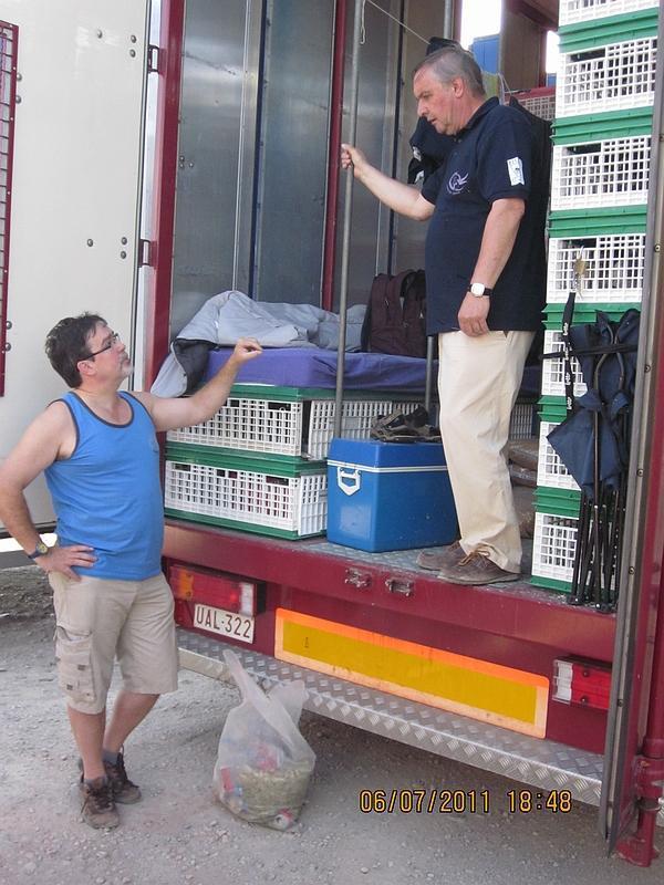Le transport de pigeons voyageurs Pigeon14