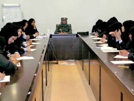 العنصر النسوي في شرطة دبي Police12