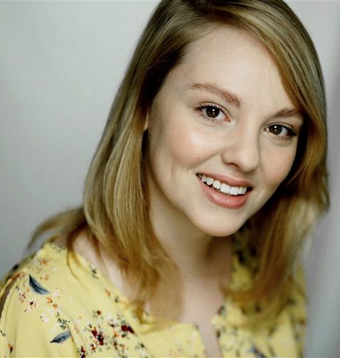 Émilie Leroux (par Laurie Bordesoules) Emilie10