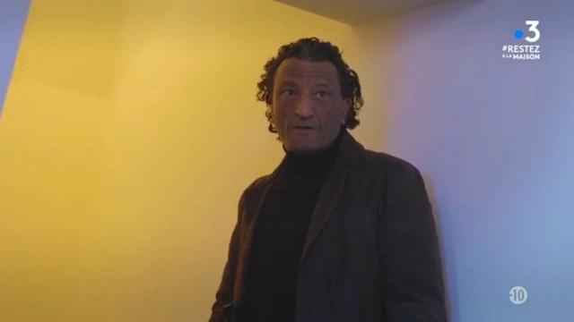 Samir Guelma (par Afif Ben Badra) Mv5bzd13