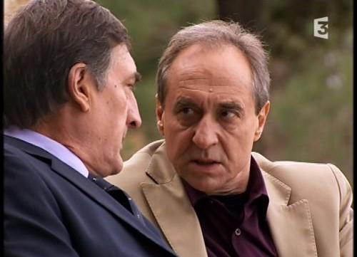 Les acteurs qui ont joué plusieurs rôles dans le feuilleton - Page 7 Sourni11