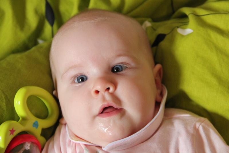Les yeux de bébé - Page 3 Img_7010