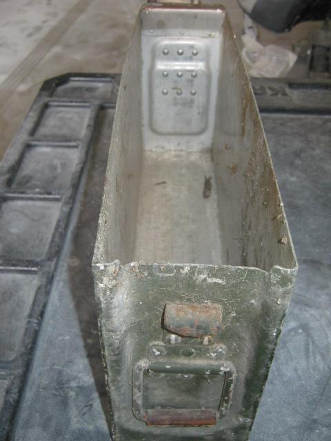 Boite à munitions pour MG34 ou 42 Img_0016