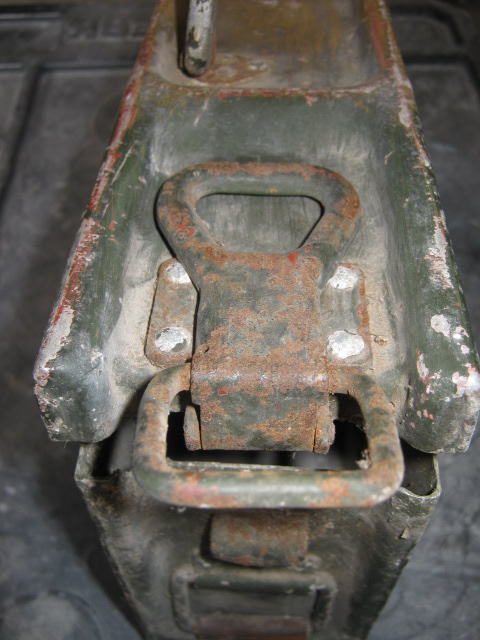 Boite à munitions pour MG34 ou 42 Img_0017