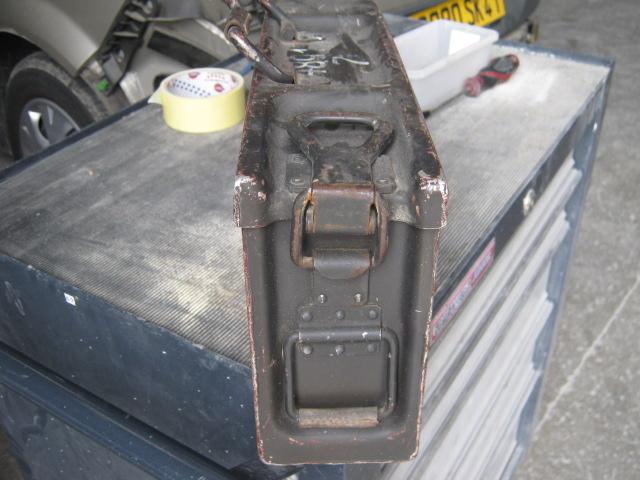 Boite à munitions pour MG34 ou 42 Img_0019