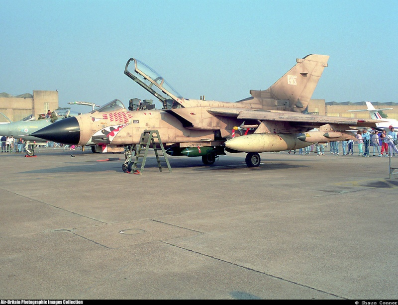 1/32nd Revell Tornado  Za492_10