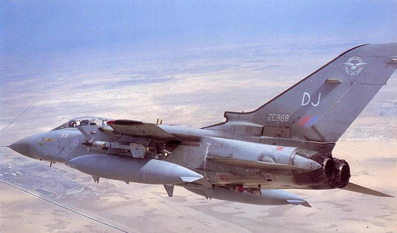 1/32nd Revell Tornado  Ze968_10