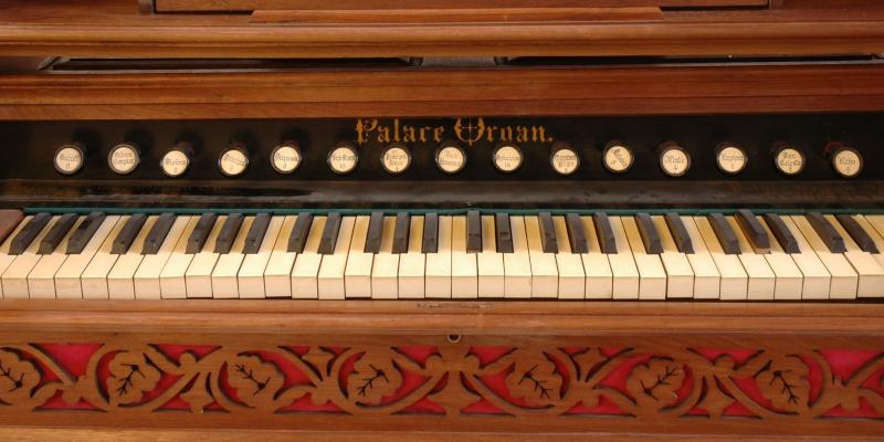 Palace organ 148_211