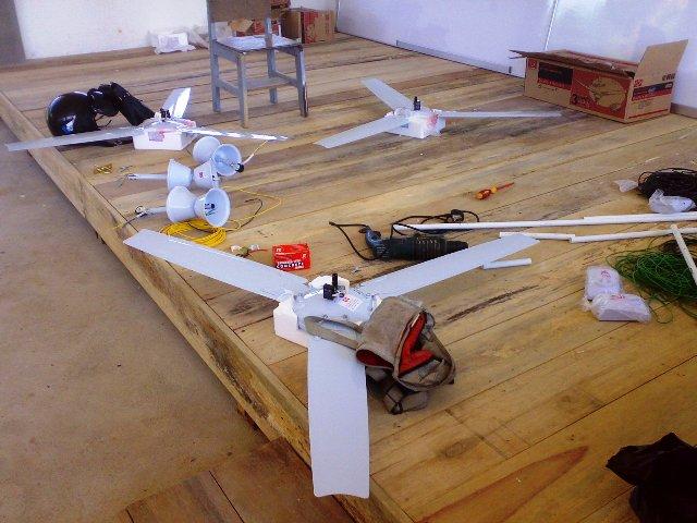 Projek membina 'dewan' SKTT... - Page 2 04042011