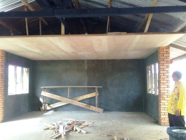Projek membina 'dewan' SKTT... - Page 2 08032010
