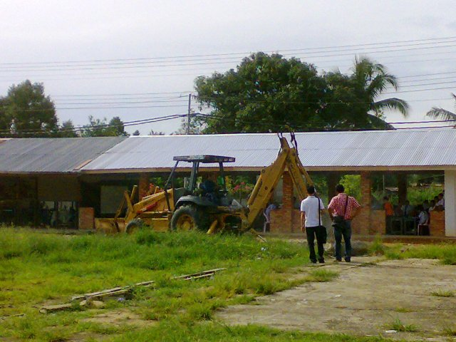 Projek pembinaan bangunan kelas 'kabin' 10052010