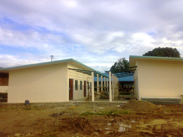Projek pembinaan bangunan kelas 'kabin' - Page 2 11062010