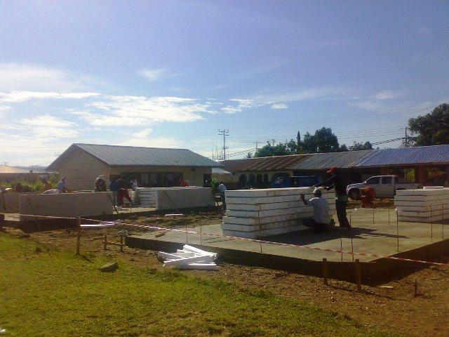 Projek pembinaan bangunan kelas 'kabin' 15052012
