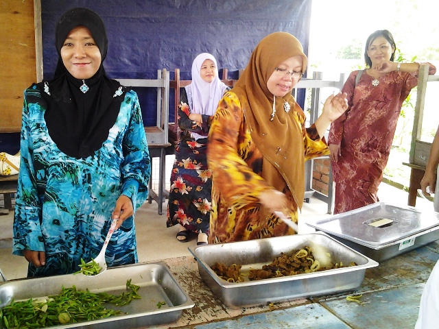 Sambutan Hari Raya Haji SKTT -29okt2012 20121036