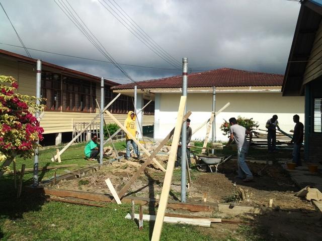 Pengubahsuaian bilik KH ke Pusat Sumber Sekolah -nov2012 20121110