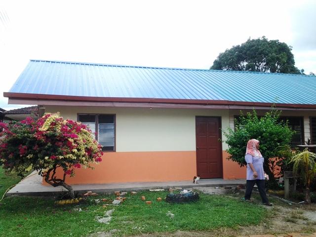 Pengubahsuaian bilik KH ke Pusat Sumber Sekolah -nov2012 20121115