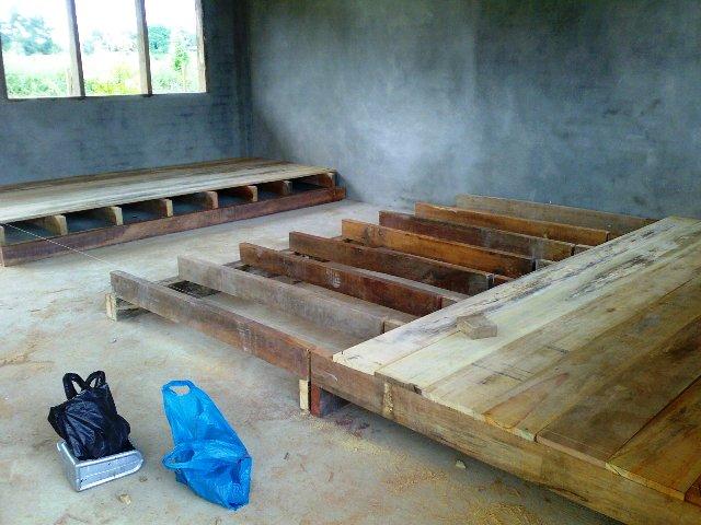 Projek membina 'dewan' SKTT... - Page 2 22032015