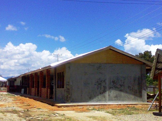 Projek membina 'dewan' SKTT... - Page 2 27032010