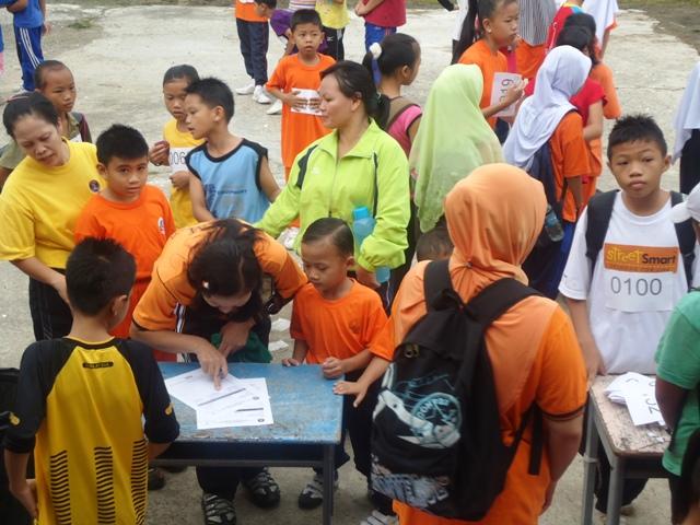 Larian Serentak 1Murid 1Sukan 1 Malaysia -1julai2011 Dsc05410