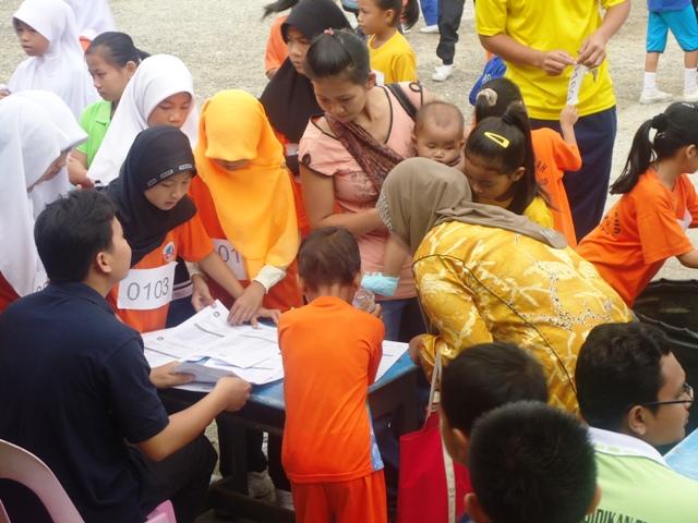 Larian Serentak 1Murid 1Sukan 1 Malaysia -1julai2011 Dsc05411