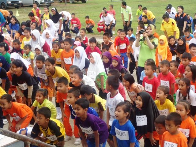 Larian Serentak 1Murid 1Sukan 1 Malaysia -1julai2011 Dsc05415